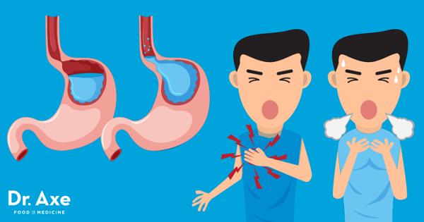 tràn khí màng phổi gây ra cơn đau ngực dữ dội như dao đâm